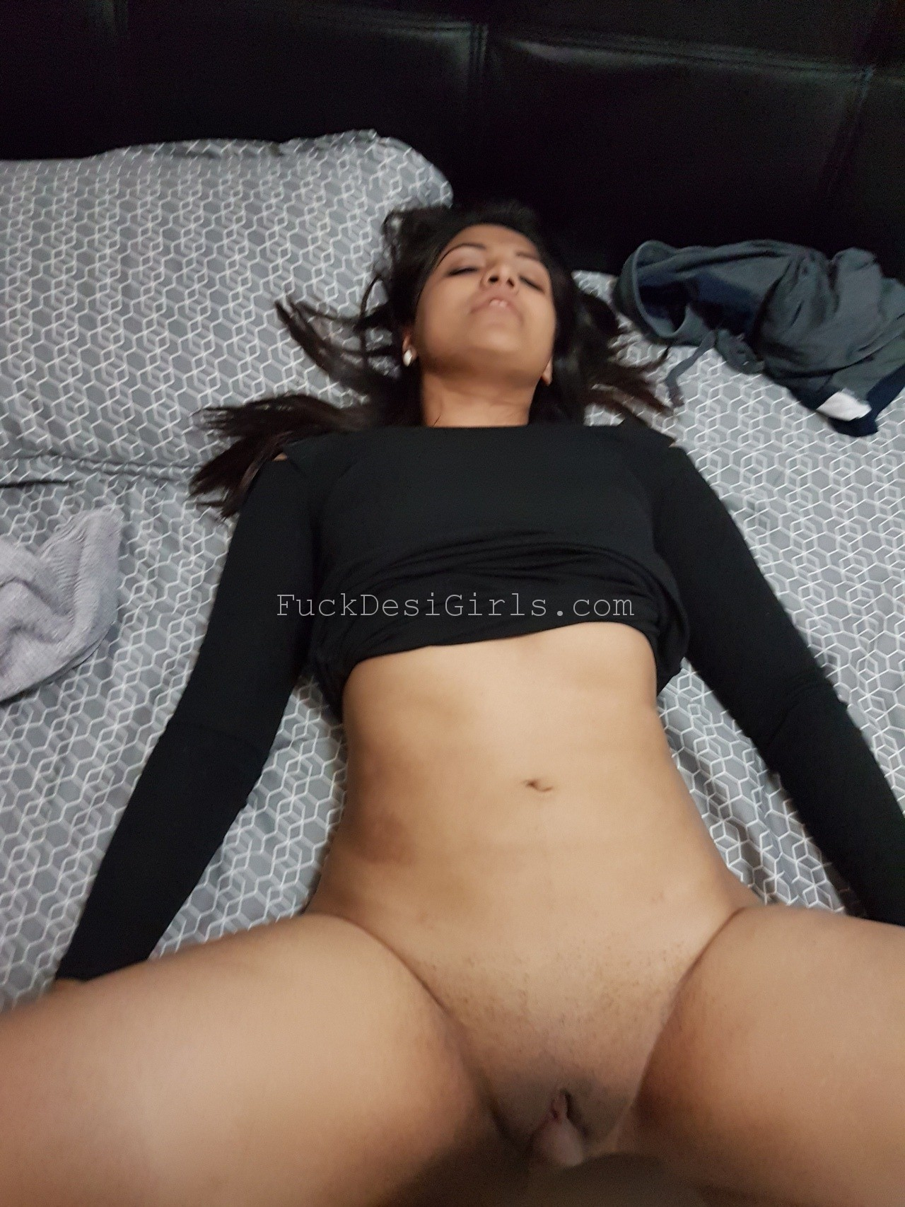 Guys first pussy videos